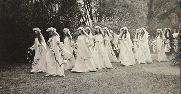 procession from the 1920 Partheneia