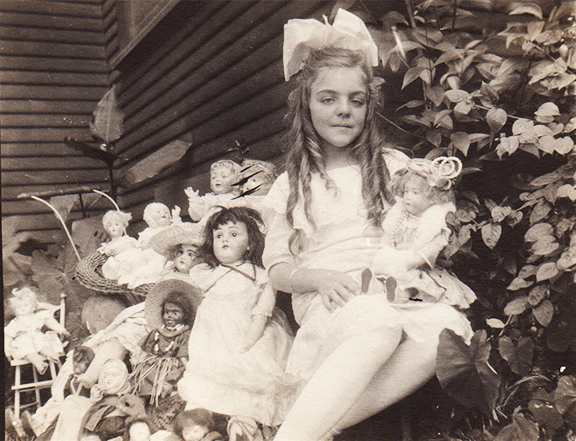 Ursula and her dollies outside the Cheshires' Los Angeles home