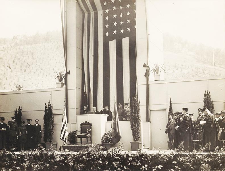 UC-Berkeley-Commencement-1924