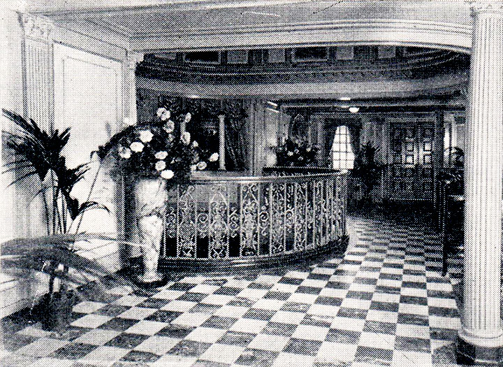 Music room foyer